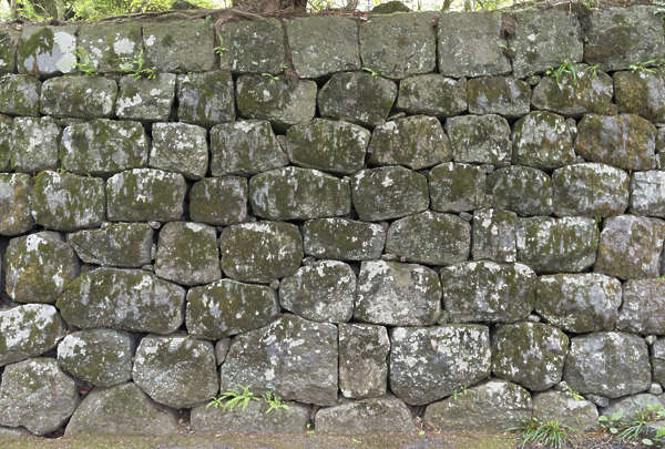 japan brick medieval old groutless old weathered castle wall