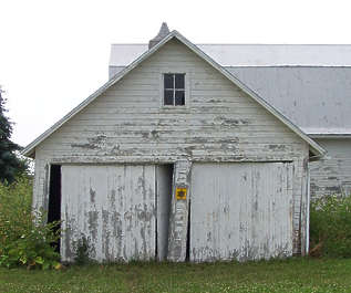 building facade barn wood old house garage