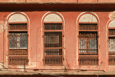 india window windows old house