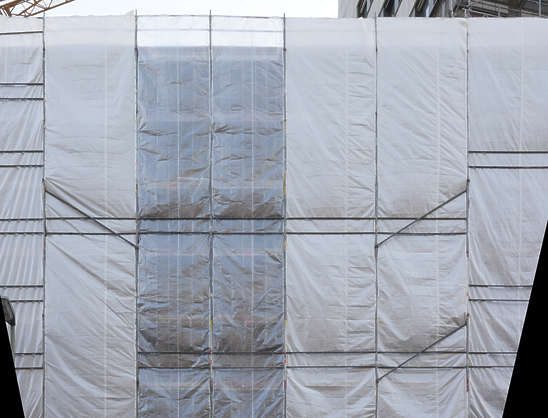 plastic sheet wrapping wrap packaging wrinkles scaffolding