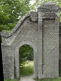 building archway cementary arch ornate old derelict