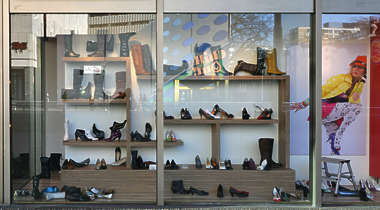 shop store building facade shoe shoes shoeshop