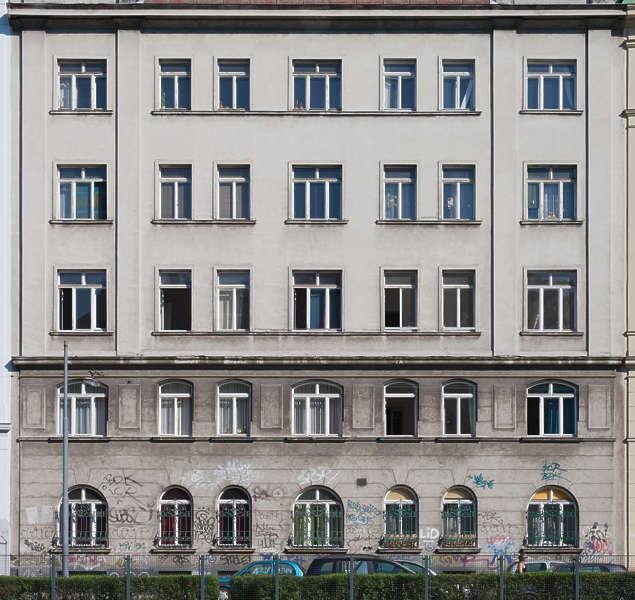 Buildingstallhouse0074 Free Background Texture Vienna
