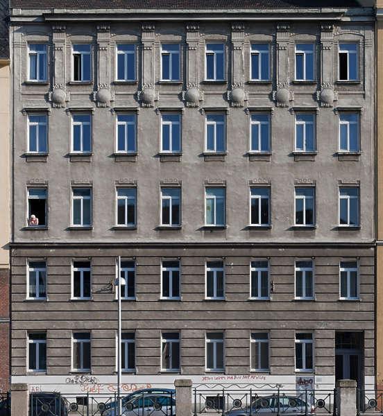 Buildingstallhouse0079 Free Background Texture Vienna