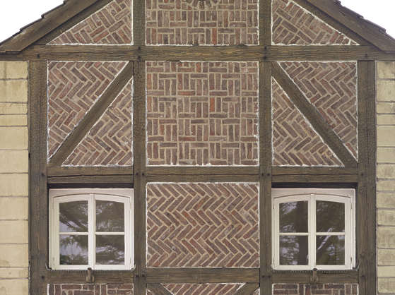 Tudor Facade buildingstudor0104 - free background texture - bricks brick tudor