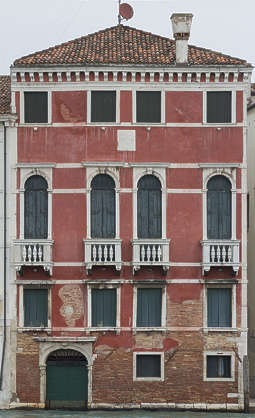 facade windows window building house old italy venice