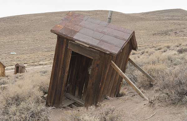 USA Bodie ghosttown ghost town old western goldrush desert arid building toilet