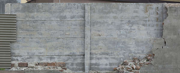 concrete bare dirty fence plates slabs