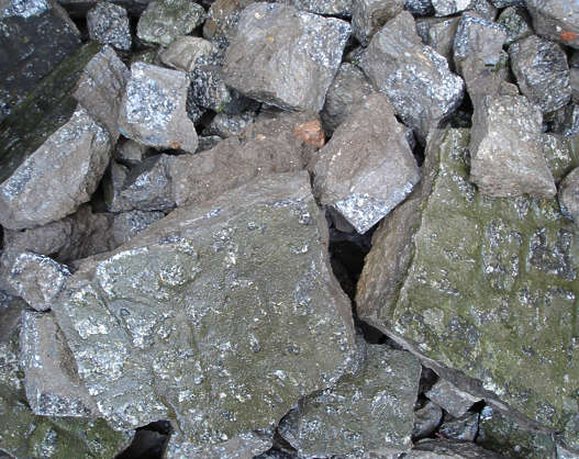 debris rubble stones