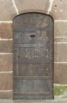 door single medieval metal