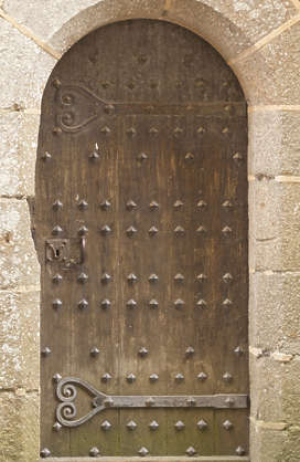 door medieval old wood planks hinges single armored