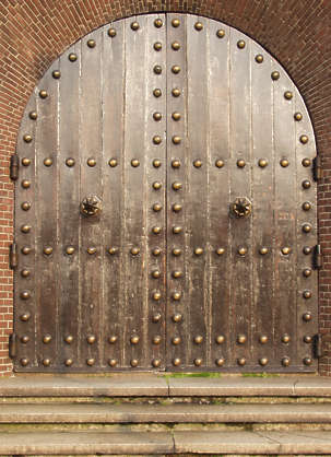 door planks church