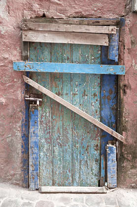 morocco door wood barred
