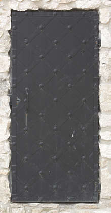 door medieval single metal castle