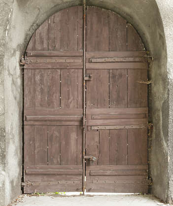door double wooden church
