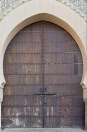 morocco door wood old medieval arch big