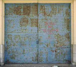 door garage metal rust