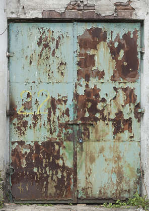 door double metal rusted old big