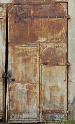 door rusted big