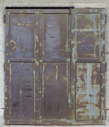 door rusted double germany