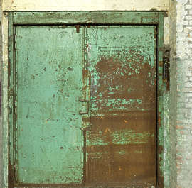door rust rusty elevator rusted double