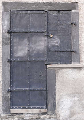door metal medieval old