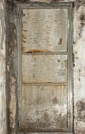 door single metal old dirty hong kong hongkong