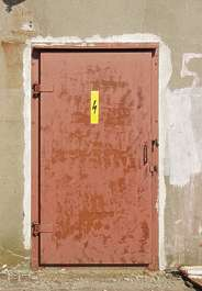 door metal rust paint