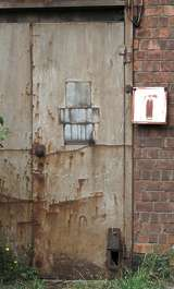 door metal paint rust old