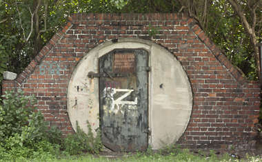door single metal old bunker