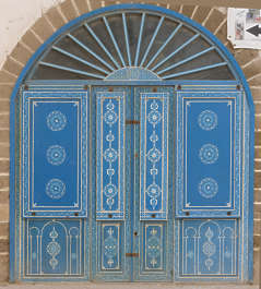 morocco africa moorish islamic arabic arabian wood ornate ornament painted door doors double