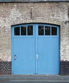 door garage double
