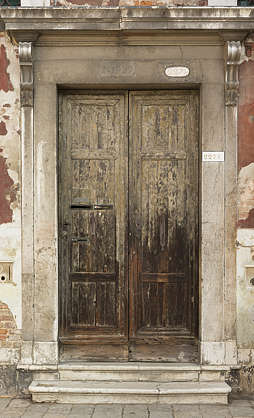venice italy door wooden double old worn gradient