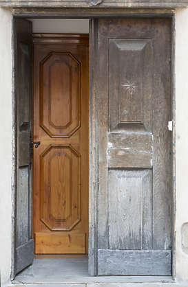 door wooden double old open