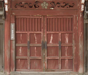 japan wood door wooden double big large japanese medieval temple shrine painted old
