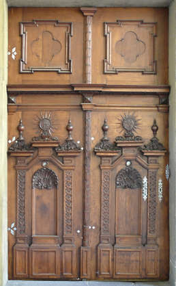 door medieval wood old ornate