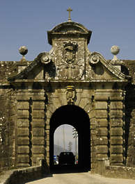 arch ornate door gate stone