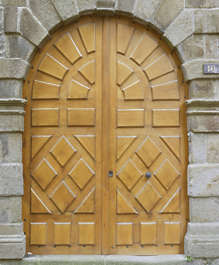 door wood arch ornate panel panelled