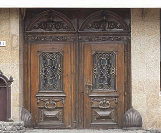 door double old ornate wooden