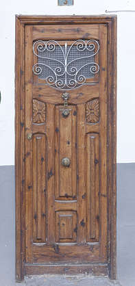 door ornate single wooden spain