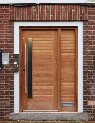 door house wood single new