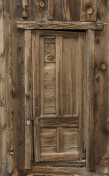 : old doors - pezcame.com