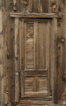 USA Bodie ghosttown ghost town old western goldrush desert arid door wooden single cabin bodie_005