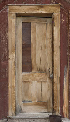 USA Bodie ghosttown ghost town old western goldrush desert arid door wooden single bodie_009