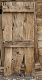 USA Bodie ghosttown ghost town old western goldrush desert arid door wooden makeshift single bodie_017