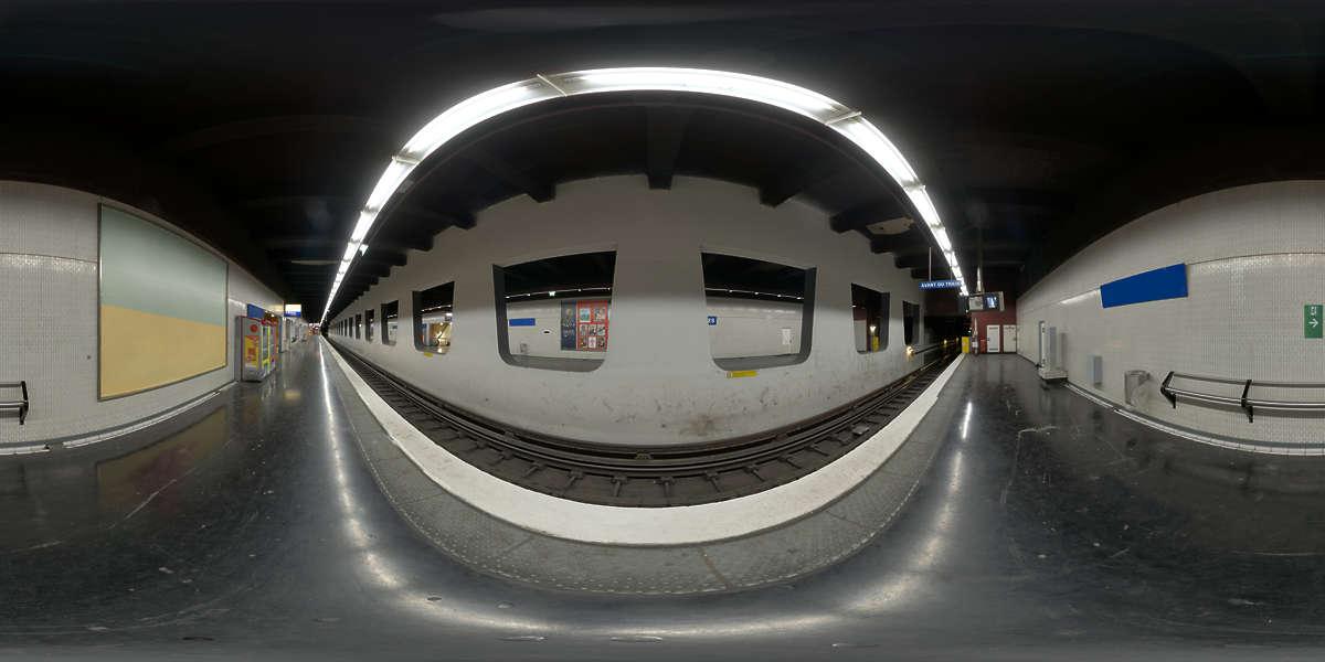 Hdr Panorama 006 Subway Platform Hdri Light Probe