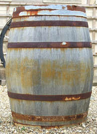 barrel old wood
