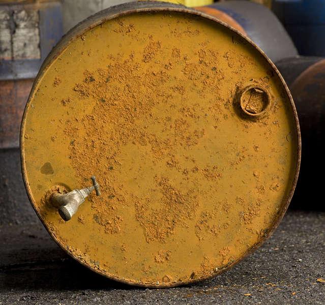 Barrels0005 Free Background Texture Barrel Top Rusted