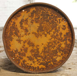 barrel barrels rust rusted object can lid