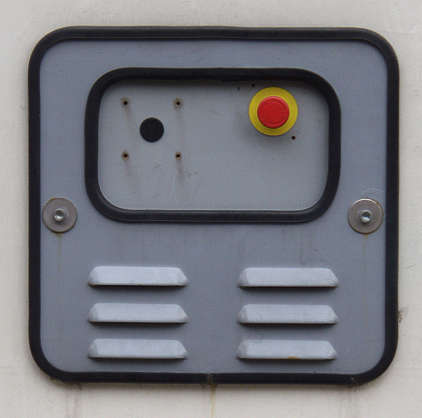 button machine panel
